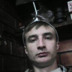 Парень ищу девушку или женщину, а можно и парня в Нижнем Новгороде