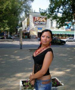 Миниатюрная девушка ищет мужчину в Нижнем Новгороде для страстного интима